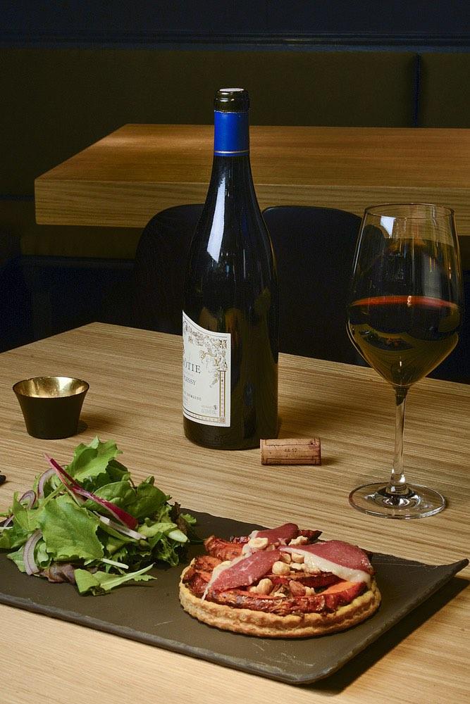 city guide strasbourg ou boire un verre vin black and wine