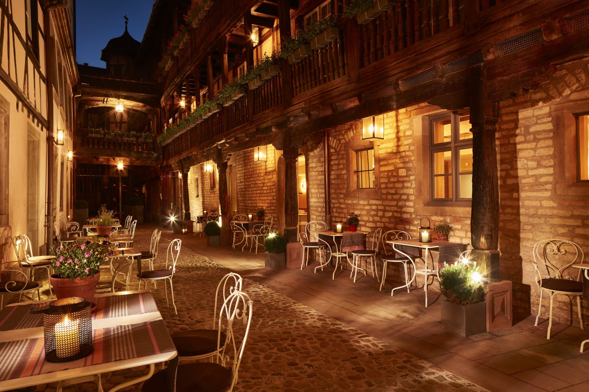 hotel cour corbeau strasbourg maurice style avis ou dormir