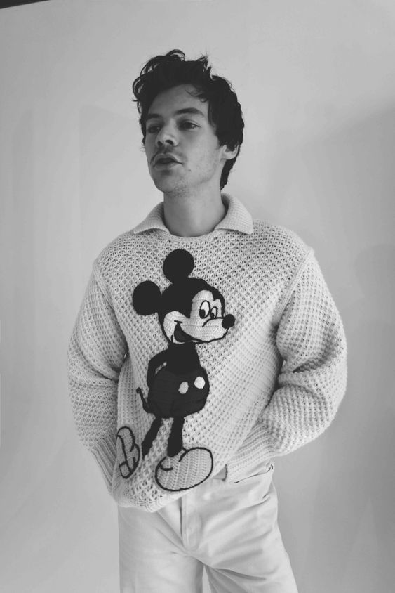 harry styles icone mode homme masculin pull mickey